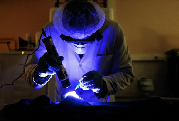 UV light analysis