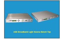 BROADBAND LIGHT SOURCE ASE-1-23-C-1-F-3A-RU