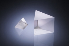 UV Fused Silica Brewster Prism